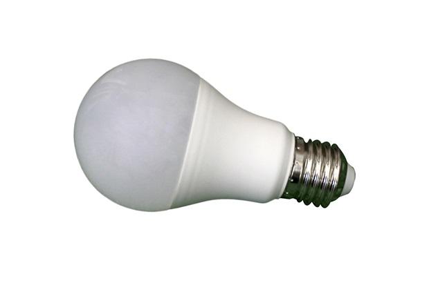 Lâmpada Led Bulbo 4,9w Bivolt 6500k Luz Branca - Casanova